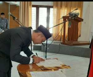T Asrizal Dilantik dan Diambil Sumpah Sebagai Wakil Ketua II DPRK Aceh Jaya