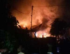 BREAKING NEWS: Sejumlah Rumah Terbakar di Subulussalam