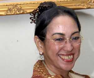 Bandingkan Nabi Muhammad dan Presiden Soekarnoe, Mahasiswa Aceh Tantang Sukmawati