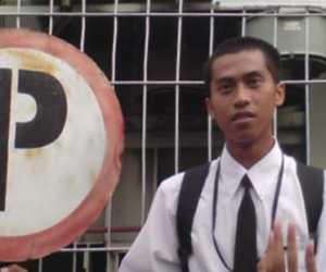 PLN Rayon Blangpidie Akan Pindahkan Tiang Listrik di Pinggir Jalan