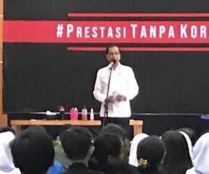 Siswi SMKN 57 Pertanyakan hukumanan bagi Koruptor, Ini Jawaban Jokowi