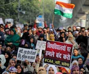 Dalam Protes UU Anti-Muslim, 22 Orang Meninggal dan 260 Polisi Terluka