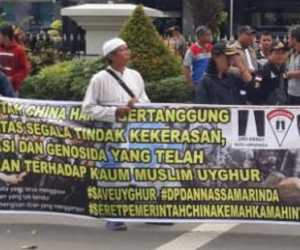 Massa Ormas di Kaltim Gelar Aksi di Depan Kantor Gubernur