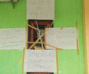 Diduga Langgar AD/ART Mahasiswa Segel Sekretariat PEMA UTU