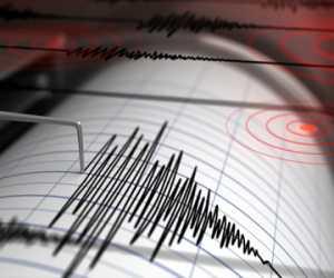 Sejumlah Rumah dan Kantor Satpol PP Simeulu Rusak Akibat Gempa
