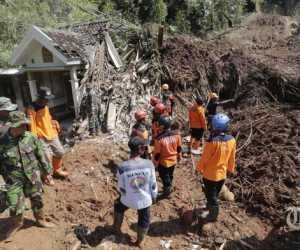 3 Korban LongsorBelum Ditemukan, 200 Personil SAR Dikerahkan
