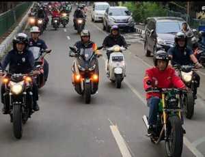 Ditilang Tak Nyalakan Lampu Motor, Mahasiswa: Kenapa Jokowi Tak Ditilang?