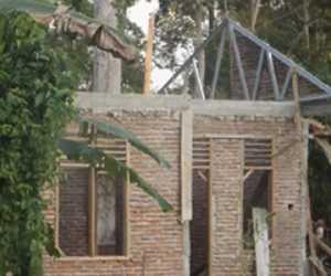 Pembangunan Rumah Bantuan Belum Semua Rampung Dikerjakan