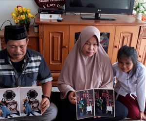 Orang Tua Mahsiswa Asal Nagan Raya Berharap Putri Mereka Selamat