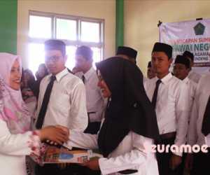 47 PNS STAIN Tengku Dirundeng Meulaboh Terima SK 100 Persen