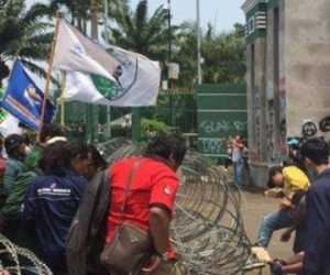 Tolak RUU Omnibus Law Ciptaker, Mahasiswa Akan Kepung Gedung DPR