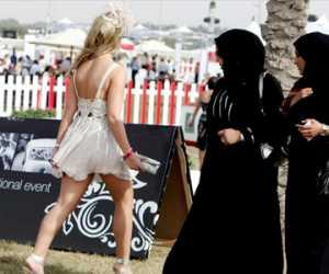 Meski Berbusana Muslimah Tapi Dianggap Telanjang, Ini Alasannya