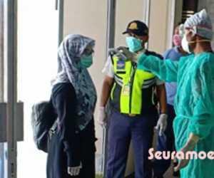 Penumpang Pesawat Diperiksa Suhu Tubuh di Bandara CND Nagan Raya