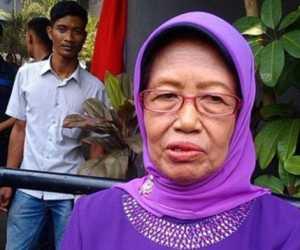 BREAKING NEWS - Ibunda Presiden Jokowi Dodo Meninggal Dunia