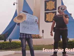 Tolak Jam Malam, Mahasiswa Lakukan Aksi Tunggal di Banda Aceh