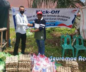 FIF Group Salurkan Bantuan Sembako kepada Warga Melalui PMI Aceh Barat