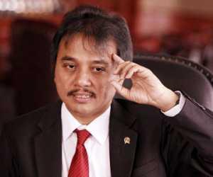 Sering Blunder dan Unfaedah, Roy Suryo Minta Stafsus Milenial Dipecat