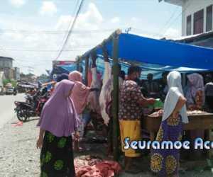 Meski Ada Larangan, Di Nagan Raya Tetap Jual Daging Meugang Di Pasar