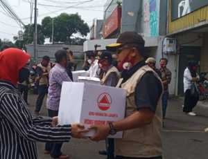 Gebu Minang Salurkan 1500 Paket Sembako Kepada Warga Terdampak Covid-19