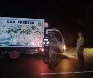 Polsek Darul Makmur Bersama Tim Gabungan Perketat Pemeriksaan di Perbatasan