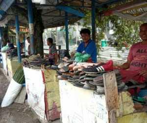 Tukang Sol Sepatu Meulaboh Aceh Barat Harapkan Bantuan Pemerintah