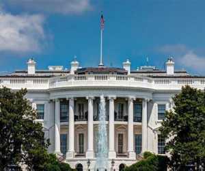 Corona Teror Gedung Putih, Pengawal Khusus Presiden Trump Terinfeksi
