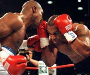 Si Leher Beton Mike Tyson Akan Kembali Naik Ring, Ini Calon Lawannya
