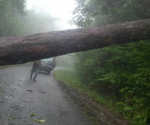 Akibat Hujan dan Angin Kencang, Mahasiswa Beutong Tak Bisa Kuliah