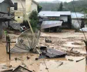 Banjir di Aceh Timur, BNPB Serahkan Dana Cepat Tanggap Darurat Rp1 Miliar