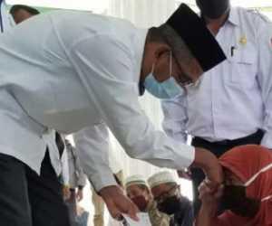 Baitulmal Nagan Raya Salurakan ZIS kepada 3.725 Orang Mustahiq