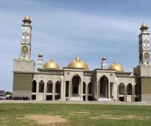 Mengintip Tradisi Berbagi di Mesjid Agung Baitul Ghafur Abdya