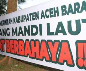 BPBD Aceh Barat Larang Wisatawan dan Masyarakat Mandi Laut