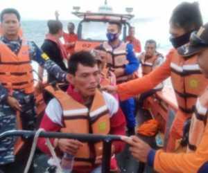 Kapal Tenggelam, Basarnas Lakukan Pencarian Tujuh Nelayan Hilang
