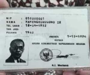 Anda Tahu Siapa PNS Pertama Indonesia, Ternyata Ini Orangnya