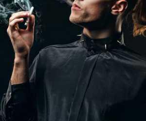 Rasa Kesepian Membuat Pria Lebih Sulit Berhenti Merokok, Ini Alasannya