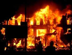 Api Hanguskan Enam Bangunan di Aceh Barat