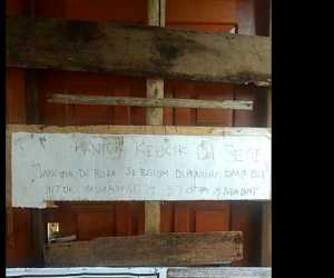 Kantor Keuchik di Babahrot Abdya Disegel Warga