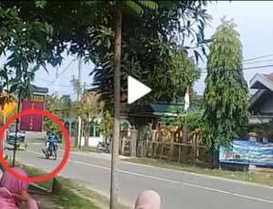 Beredar Video Seorang Pengendara Menabrak Personil Lantas Polres Abdya