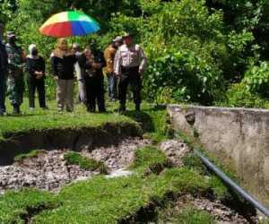 Wabup Simeulue Hj. Afridawati Kunker ke Kecamatan Simeulue Cut