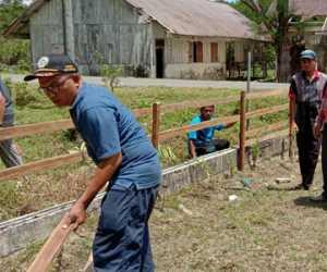 Meriahkan HUT RI ke 75, Kantor Kemenag Simeulue Bersihkan Madrasah