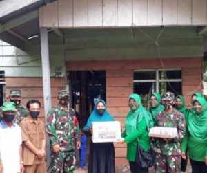 Tinjau Bedah RTLH, Dandim dan Ketua Persit Simeulue Beri Bantuan Sembako
