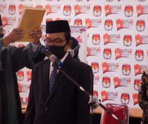 Sekretaris KIP Aceh Lantik Pejabat Eselon IV KIP Kabupaten Simeulue