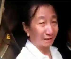 Warga Sipil Beli Nasi Padang Tunggangi Mobil Dinas Diduga Milik TNI AD