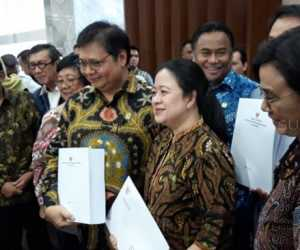 'Omnibus Law' RUU Cipta Kerja Mendadak Disahkan, Ada Apa dengan Pemerintah dan DPR