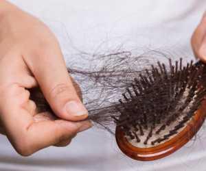 Berikut Cara Mengatasi Rambut Rontok dengan Bahan Alami
