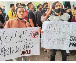 Pimpinan Serta Anggota DPRK Aceh Selatan Teken Petisi Tolak UU Cipta Kerja