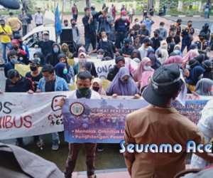 Mahasiswa Tuntut Anggota DPR-RI Asal Aceh Minta Maaf, Kenapa?