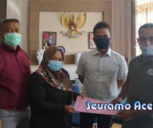 Tolak UU Cipta Kerja, Buruh Nagan Raya Datangi DPRK Sampaikan Tuntutan