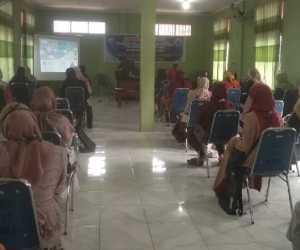 Puluhan Kader Gampong Blangpidie Dilatih Pencegahan Stunting