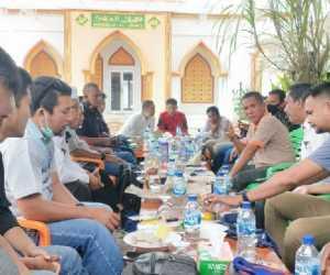 """Akmal Ibrahim """"Abdya Kabupaten di Indonesia yang Menang Melawan Perusahaan"""""""